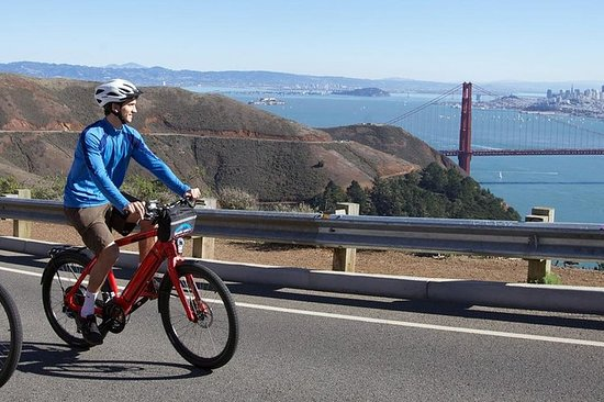 Golden Gate Bridge Guided Bicycle or...