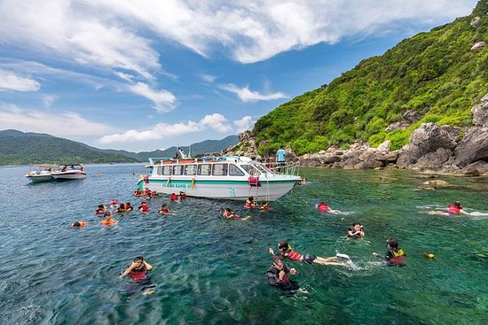 Cham Island Discovery & Snorkling fra...