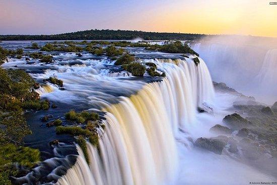 イグアスの滝アルゼンチン側の日帰りツアーとオプションのボートライド