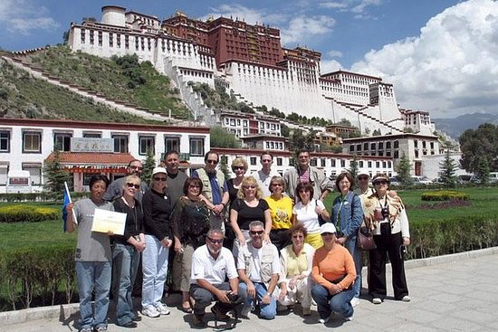 6-Day Small-Group China Tour: Lhasa...