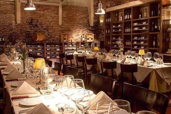 Cata de vinos en Buenos Aires con...