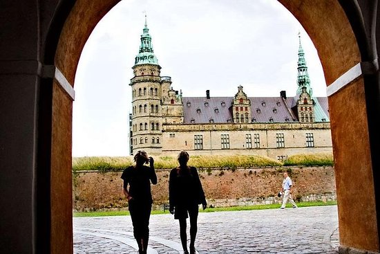 Tour de Hamlet y Suecia: ¡dos países...