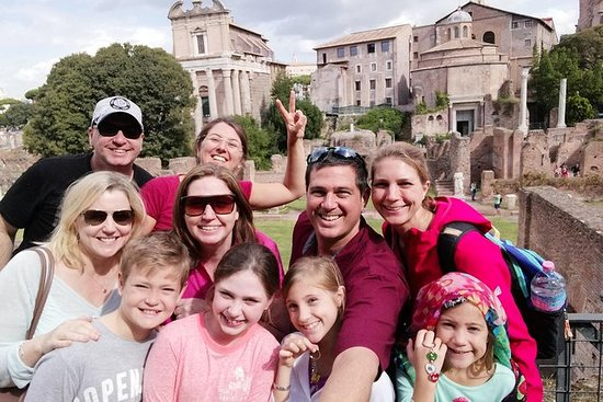 Semi Private Guided Tour of the Colosseum & Forums for Kids & Families in Rome