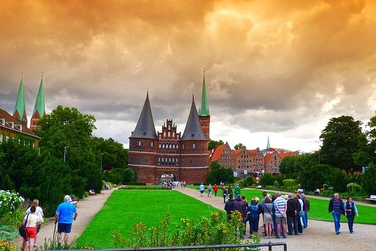 Discover Lübeck in a day (Day Trip...