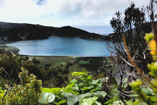 Hiking in Lagoa do Fogo Volcano