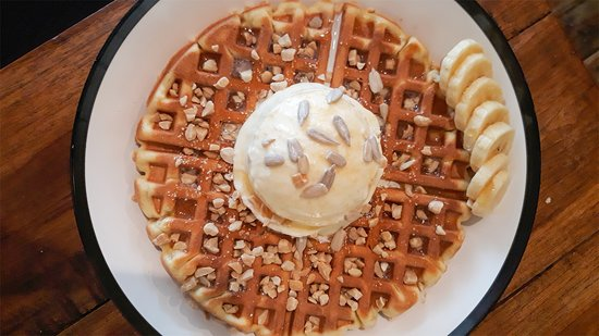 Waffle with natural honey and ice cream! BesT