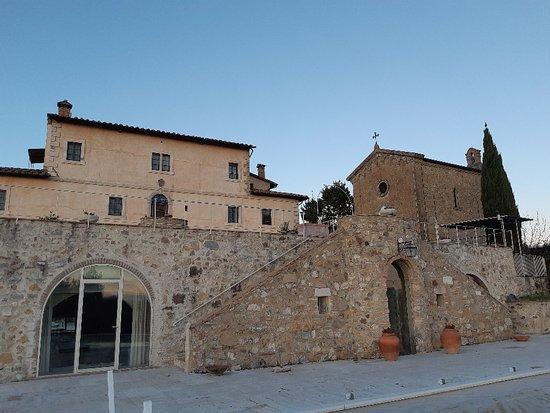 Castel San Gimignano Photo
