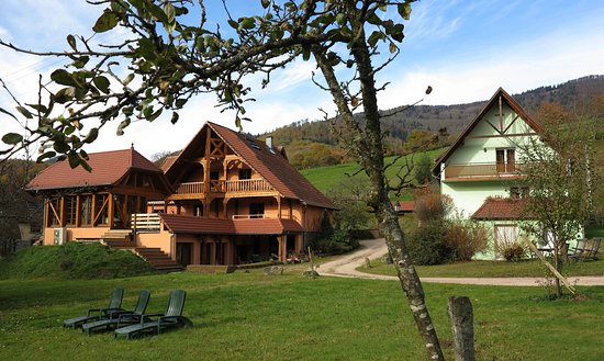 Breitenbach, ฝรั่งเศส: L'ENSEMBLE DE LA CERISAIE, Chambres d'hôtes, TABLE D'HOTES GITES