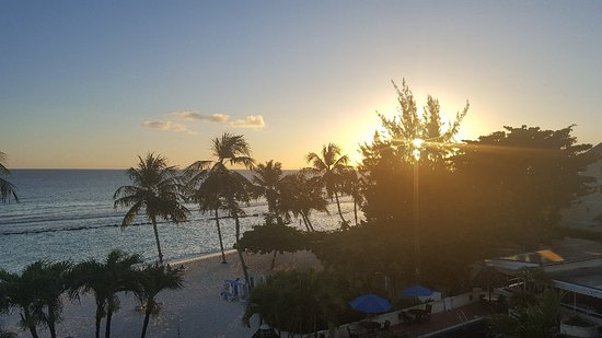 Beach front hotel with exceptional service
