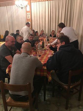 Cerello-Battuello, Italien: Cena fra amici