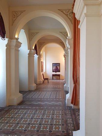 lobby corridor of main lounge