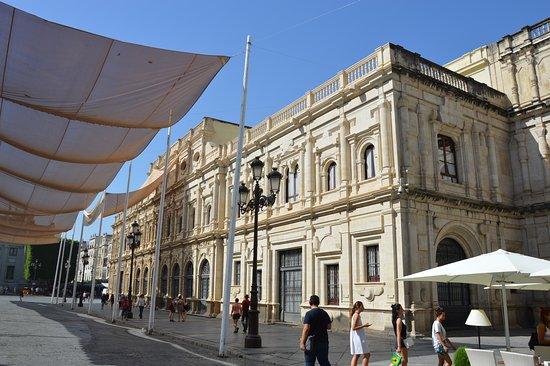 Hola Sevilla Tours