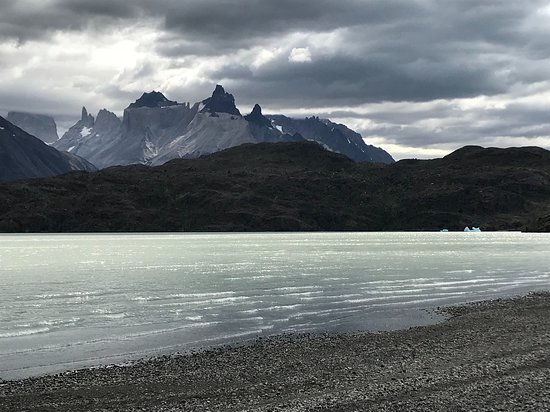 Torres del Paine National Park: Lago Grey