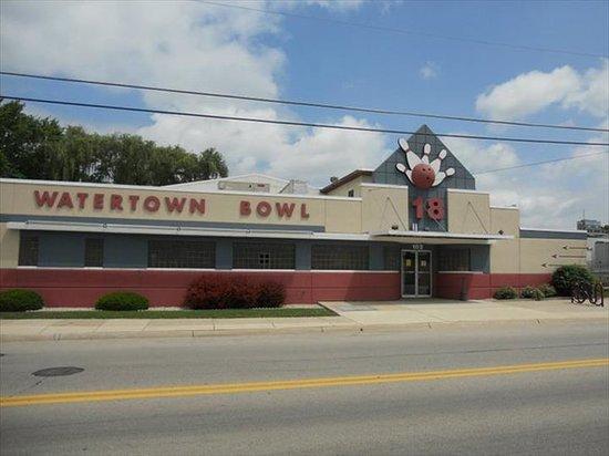 Watertown, WI: .