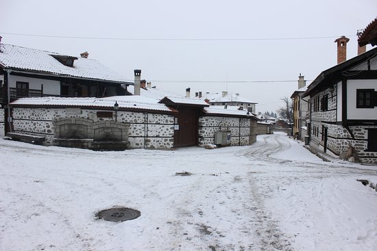 The main square of Bansko Old Town