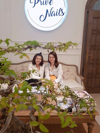 Prive - Luxury Nails & Spa Boutique: Prive Nails ! Best of the best #1 Salon in Vietnam