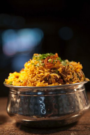 Bring all the authentic flavours and colours of Indian Food to your home.