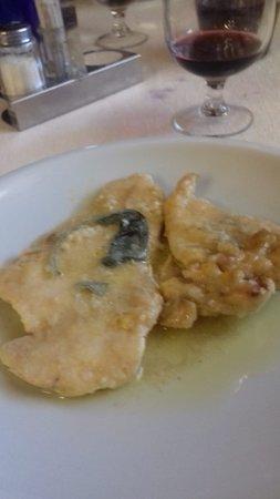 Usmate Velate, Italia: pollo alla mugnaia