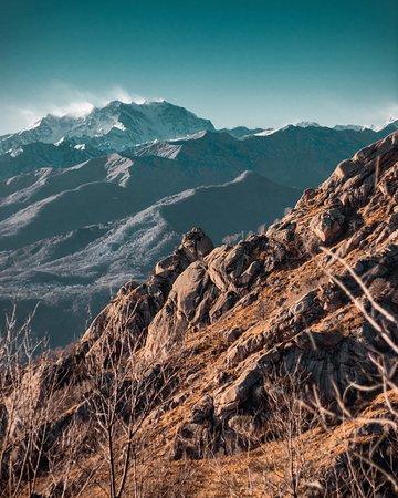 Mottarone, Italie : Posto bellissimo , con ottima vista e strada per passeggiare ! Consiglio a tutti!