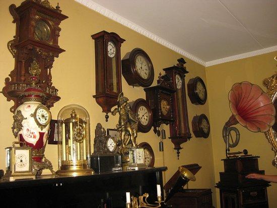 """Фрагмент экспозиции музея """"Музыка и время"""""""