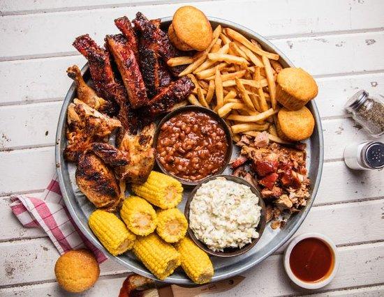 Metuchen, NJ: Famous Feasts