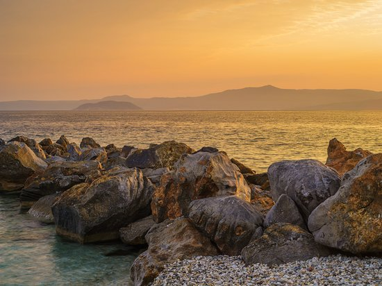 Afitos, กรีซ: The photo is taken from a beach near Chrousou, a village on the western peninsula of Halkidiki - Kassandra.