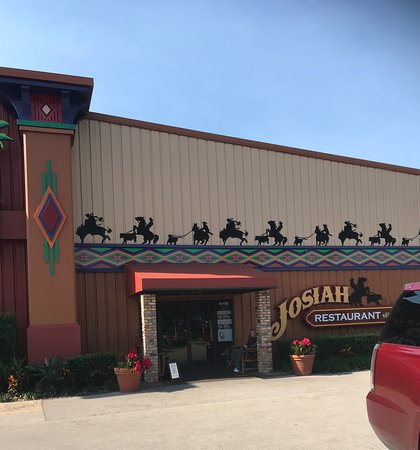Seminole Brighton Casino: You can enter Josiah Restaurant from the outside
