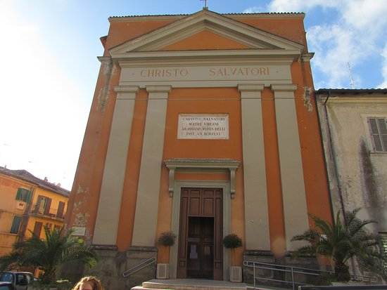Веллетри, Италия: facciata chiesa