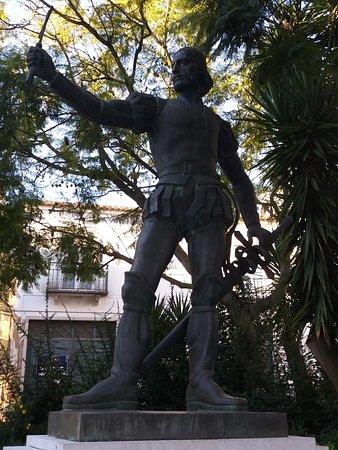 Estatua de Pedro Alvares Cabral