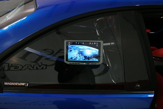Irvine, Califórnia: Xenarc Technologies manufactures industrial grade touch screen monitors also called open frame display monitors, TFT Display Monitors, industrial rack mount display monitors that are marine, medical and military grade as well.   https://www.xenarc.com