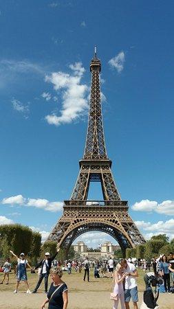 Torre Eiffel: Эйфелева башня