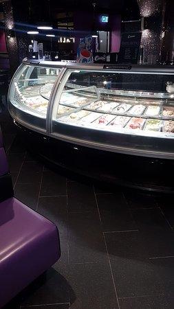Creams Cafe: Great Range of Gelato & Sorbets