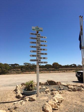 Cocklebiddy, أستراليا: Driving the Nullabor