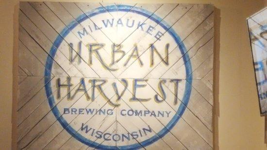 Urban Harvest Brewing Co: Logo