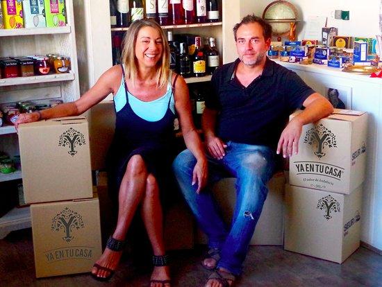 Vejer de la Frontera, Spanien: Claudia & Diego, Ya en tu casa founder