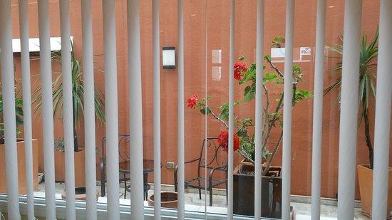 Hotel Jesús María: vista del hermoso patio interno del hotel