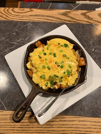 Burns Lake, Kanada: Come in and try our Breakfast Poutine, Saturdays and Sundays between 10-2