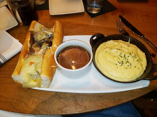 French Dip sandwich with Mashed potatos (the best) in place of fries