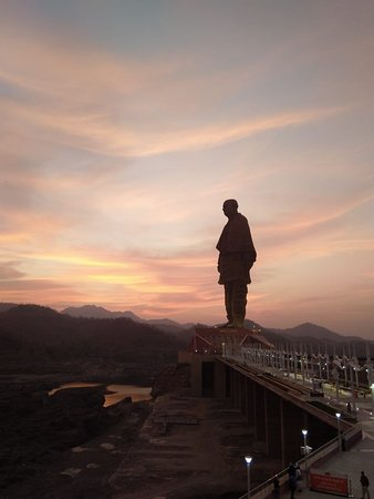 Statue of unity at dusk