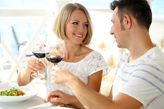 Romantisk vinprovningstur från San ...