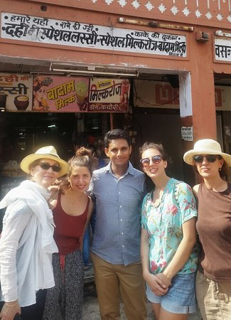 Enjoying guiding around a great bunch of people . We walked through some known and some less known streets of the beautiful pink city of Jaipur and also enjoyed the taste of some delectable street food.