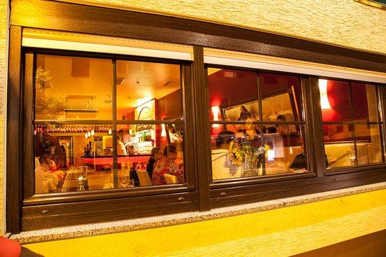 Dreieich, Jerman: Restaurant Fenster