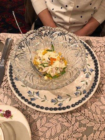 Mari Vanna: салат с кальмарами