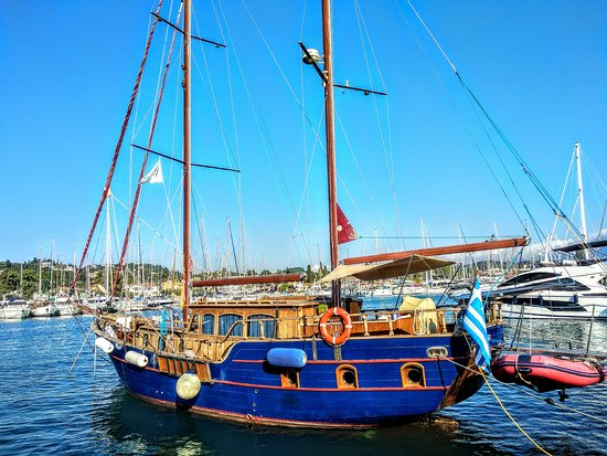 Ionian Blue Yachting