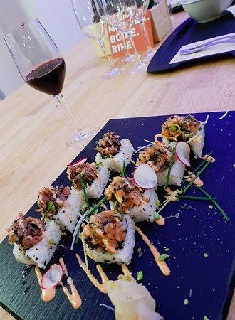 Les californias rolls thon et saumon de Sora