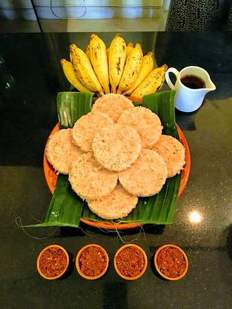 Le Jardin Du Fort: Milk rice ... a traditionnal New Year dish in Sri Lanka