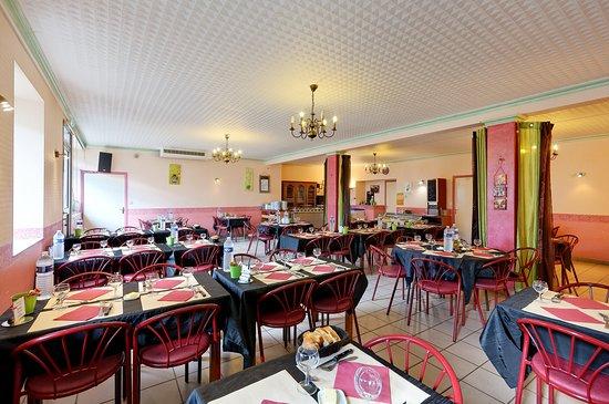 Ploerdut, France: 2 salles pour vous accueillir