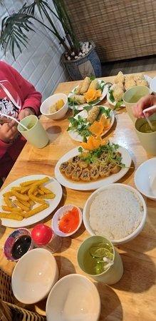 Cơm Chay An Phúc: Delicious veggie feast