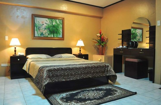 Rockpoint Hotsprings Resort - Hotel and Spa: Executive Room