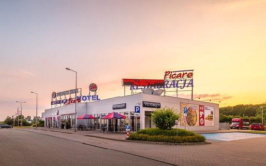 Picaro Żarska Wieś Północ 飯店